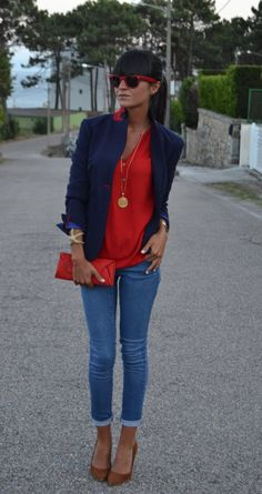 color scheme: navy pants or blouse, red jeans, camel scarf or loafers