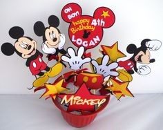 Mickey Mouse Themed Party Centerpiece Sticks por ScrapsToRemember
