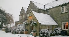 A snowy entrance to Calcot Manor Hotel in the Cotswolds. #snow http://www.calcotmanor.co.uk/
