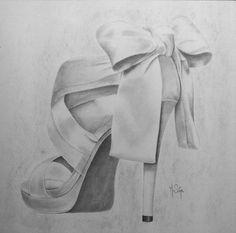Talon haut, dessin au crayon graphite par M.Siéja                                                                                                                                                      Plus