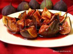 Figues au vin rouge, au miel et à la cannelle Jus D'orange, Baked Potato, Sprouts, Potatoes, Baking, Vegetables, Ethnic Recipes, Desserts, Birthday