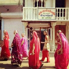 Image by – All Pictures Udaipur India, Bridesmaid Dresses, Wedding Dresses, Incredible India, Asian Dating, All Pictures, Culture Shock, The Incredibles, Formal Dresses