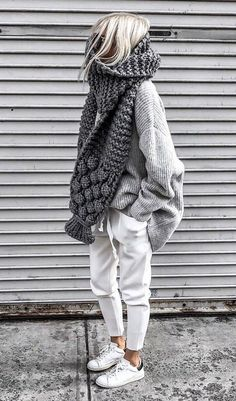 Casual comfortable knitted autumn outfit two-piece. , : Casual comfortable knitted autumn outfit two-piece. Cozy Fall Outfits, Winter Fashion Outfits, Look Fashion, Autumn Winter Fashion, Casual Outfits, Winter Scarf Outfit, Fall Winter, Fashion Women, Hipster Outfits Winter