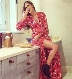 Ariadne Artiles embarazo 01. Lección de estilo constante Instagram ebbb37e7425e