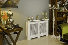 Kryt na radiator Nightstand, Entryway Tables, Pears, London, Furniture, Medium, Design, Home Decor, Decoration Home