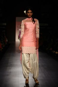 Manish Malhotra - Love this suit!! I heart vintage style anything. My mother had so many right suits!