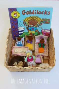 Goldilocks Sensory Storytelling Basket - The Imagination Tree Goldilocks storytelling basket Preschool Literacy, Early Literacy, Preschool Activities, Kindergarten, 3 Little Pigs Activities, Preschool Books, Creative Activities, Diy Crafts, Once Upon A Time