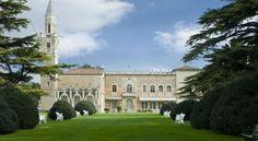 Villa D Acquarone - #Guesthouses - EUR 70 - #Hotels #Italien #SanMartinoBuonAlbergo http://www.justigo.com.de/hotels/italy/san-martino-buon-albergo/villa-d-acquarone_180379.html