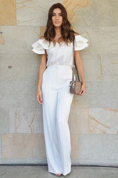 Street Style Colombiamoda 2016 --> ¿Qué tedencias se imponen para el verano?   F A T / P A N D O R A Urban Outfits, Trendy Outfits, Summer Outfits, Jumpsuit Elegante, Hand Painted Dress, Office Looks, Office Outfits, Elegant Dresses, Fashion Details