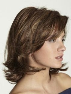Wavy Layered Hairstyles for round faces-2