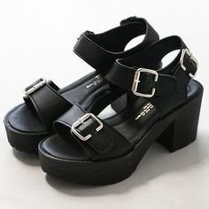 Buy 'FM Shoes – Chunky Heel Sandals' with Free International Shipping at YesStyle.com. Browse and shop for thousands of Asian fashion items from Taiwan and more!