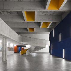 Secondary School, Braamcamp Freire Pontinha | cvdb arquitectos (Photo: invisiblegentleman.com) | Archinect