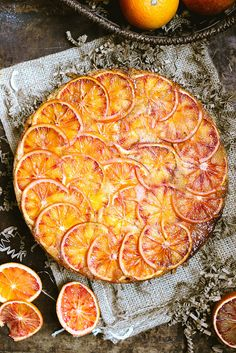 Gâteau renversé aux oranges sanguines - Upside-Down Blood Orange Cake