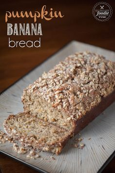 Fall is not complete until you make a batch of  Pumpkin Banana Bread with Walnut Streusel. Its better than any pumpkin or banana bread you've ever had! {Self Proclaimed Foodie}