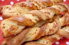 Fűszeres stangli My Recipes, Bread Recipes, Cookie Recipes, Recipies, Hungarian Recipes, Hungarian Food, Salty Snacks, Little Kitchen, Nutella