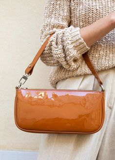 By Far Rachel Caramel Patent Leather Bag – The Frankie Shop Leather Purses, Leather Handbags, Leather Totes, Leather Bags, Leather Clutch, Soft Leather, Tod Bag, Aesthetic Bags, Cute Purses