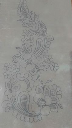 Marvelous Crewel Embroidery Long Short Soft Shading In Colors Ideas. Enchanting Crewel Embroidery Long Short Soft Shading In Colors Ideas. Border Embroidery Designs, Hand Work Embroidery, Embroidery Motifs, Ribbon Embroidery, Floral Embroidery, Machine Embroidery Designs, Rosen Tattoos, Bordado Floral, Sketch Design