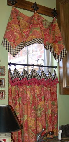 great reference site for window treatments - I can make them all ...