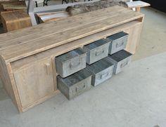Speurders.nl: Industrieel TV meubel Vaillant,alle maten mogelijk industriële bakken met houten frame