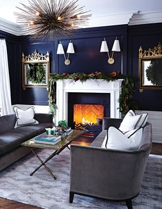 Best Holiday Homes: Fresh Fireplace Decorating Ideas | Presented by H&H + Sears | A decorated fireplace is key to getting that holiday feel — it's the perfect place to showcase special decorations or to hang a lush garland, and where else would the stockings go? #Christmas #Christmasdecor