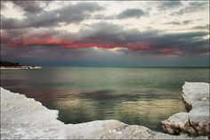 Lake Ontario, red clouds