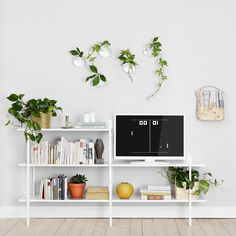 Creating and discovering art, design and environmental friendly products since Hand drawn lines & in ideas with a story to tell. Living Room Decor, Living Spaces, Deco Nature, Beautiful Interior Design, Scandinavian Home, Living Room Inspiration, Home And Living, Teak, Home Goods