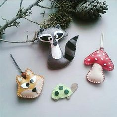 Woodland tree ornaments that would make some lovely stocking stuffers?  Yes please! From @itsybitsygift . . . #stockingstuffers #xmas2017 #handmadegifts