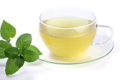 Čaj od nane (peperminta) – dejstvo i priprema Herbal Remedies, Home Remedies, Peppermint Tea Benefits, Healthy Drinks, Healthy Recipes, Healthy Detox, Eating Healthy, Healthy Food, Best Herbs To Grow