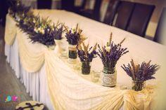 Decoratiuni nunta, aranjamente florale, lumanari, marturii.