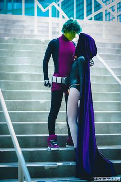 I LOVE thss cosplay of Beast Boy and Raven together. If you don't know, I am absolutely obsessed with Teen Titans and have seen all the episodes too may times to count. DC makes the best heroes :) Anime Cosplay, Cosplay Makeup, Genderbent Cosplay, Costume Halloween, Cool Costumes, Funny Couple Costumes, Couples Cosplay, Cosplay Outfits, Family Cosplay