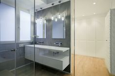 Cuarto de baño y vestidor