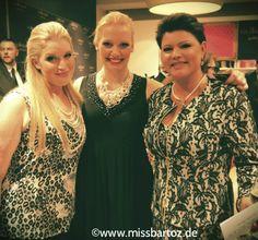 At fashionshow in Berlin with models and ex miss world Ines Klemmer #uebergroessen #fashion #fatshion #curvyfashion #plussize #fashionblogger #glööckler #Ullapopken #plussizemodels #missgermany