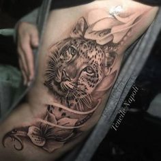 Leopard Tattoos, Designs And Ideas Big Cat Tattoo, Cubs Tattoo, Tattoo Bein, Diskrete Tattoos, Body Art Tattoos, Girl Tattoos, Sleeve Tattoos, Tatoos, Leopard Tattoos