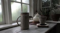 Milky mornings are the highlight of my day. ----------------------------------------------------------#ceramics #clay #pottery #art  #craft #contemporaryceramics #tableware #breakfast #keramik #handmade #mugs #tea #teacup #coffee #pourovercoffee #pourover #céramique #homedecor #claycrits #lifestyle #contemporarycraft #kitchen #portland #oregon #madeinaskutt #cerámica #陶瓷 #smallbusiness #handandfire @claycrits ---------------------------------------------------------- http://ift.tt/20b7rle