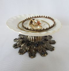 A gallery of over 100 creative jewelry display props you can use to create amazing display case arrangements, window displays and enhance merchandising. Jewelry Stand, Jewelry Holder, Antique Metal, Sell On Etsy, Display Case, Jewellery Display, Vintage Inspired, Vintage Outfits, Brooch