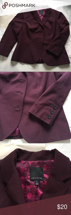 The Limited Plum Blazer EUC collared Blazer in a really nice plum color. Lined with cute patterned fabric and has shiny black buttons on the cuffs and down the front. Couple of small snags on the shoulder, but because of the dark color, they are hardly noticeable, as pictures in the last image of the blazer. The Limited Jackets & Coats Blazers