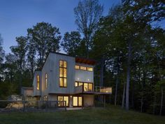 Connecticut's Modern Legacy: Minimalist Homes Inspired By New Canaan Modernism