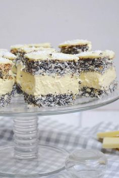 Makowa panienka Tiramisu, Feta, Cake Recipes, Cheesecake, Food And Drink, Baking, Ethnic Recipes, Desserts, Kitchens