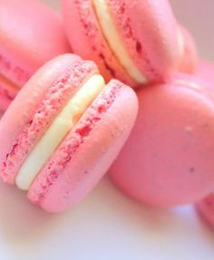 Pretty Pink Very Berry Macaron Recipe « foodetto | best recipes