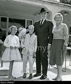Clark Gable and his 5th wife Kay with her 2 children 'Bunker' and Joan in 1958