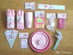 Diy Party Boxes, Party In A Box, Eid Party, Birthday Box, Crate Paper, Party Packs, Craft Party, Party Planning, Diy Gifts