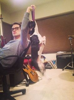 And then I catch a pic of Brendon and I'm like *sigh* ♥ {Twitter / brendonboydurie: Caught a big'n yesterday. #GoodDogGreatPosture}