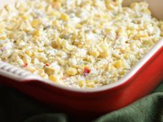 This cheesy corn dip is pure comfort food and ridiculously easy to make! Perfect for parties or game day get-togethers. Appetizer Salads, Appetizers For Party, Appetizer Recipes, Party Recipes, Gender Reveal Food, Creamy Spinach Dip, Cheesy Corn, Corn Recipes, Recipies