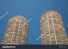 Sight Of Two Tall Buildings By The Chicago River Stock Photo 38324770 : Shutterstock