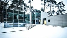 Rectangle Parallelepiped House by Devyni Architektai (2)