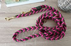 Tau Hundeleine - verstellbar, flach geknüpft von Doggywelt auf Etsy Bracelets, Etsy, Jewelry, Fashion, Linen Fabric, Schmuck, Moda, Jewlery, Jewerly