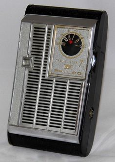 Vintage Philco 7 Transistor Radio, Model T77-124, Made In Japan, Circa 1962.