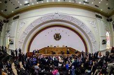 ANDRÉS Z POLÍTICA Y CULTURA: noticias de San Juan, argentina, información general: Juran los nuevos diputados en Venezuela
