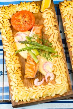 Dinner For Two, Lchf, Pasta Salad, Seafood, Food And Drink, Bread, Fish, Cheese, Ethnic Recipes