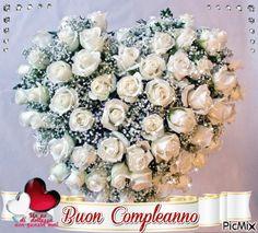 ....anche quest'anno siamo arrivati in ritardo....,speriamo comunque che giungano a te graditi i nostri Migliori Auguri di Buon ......esimo Compleanno. Un Abbraccio. Giacomo,Ivana,Silvia ,Anna,Aldo e Dina.
